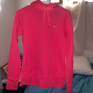 Nike Therma Fit Hoodie bright pink Small